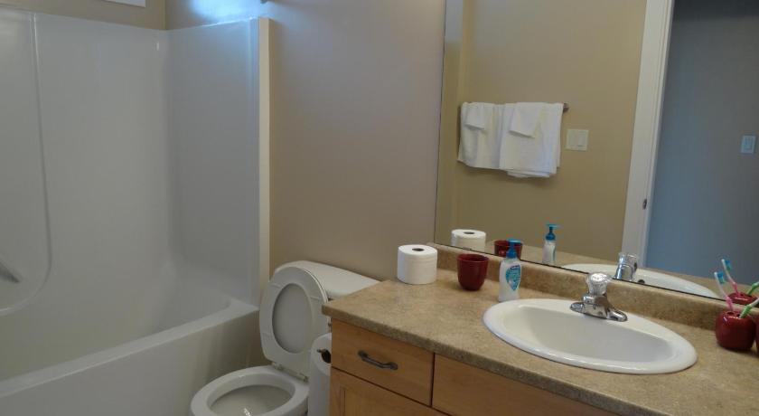 Bathroom Sinks Nanaimo bradbury house | book online | bed & breakfast europe