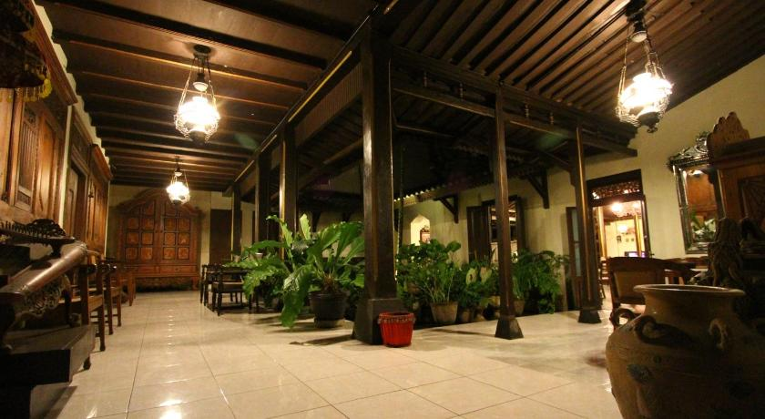 See all 42 photos Cakra Homestay