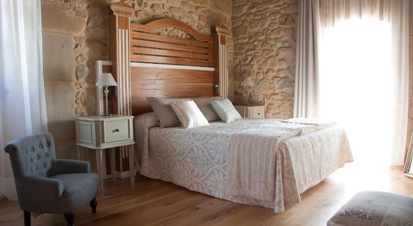 hoteles con encanto en cantabria  386