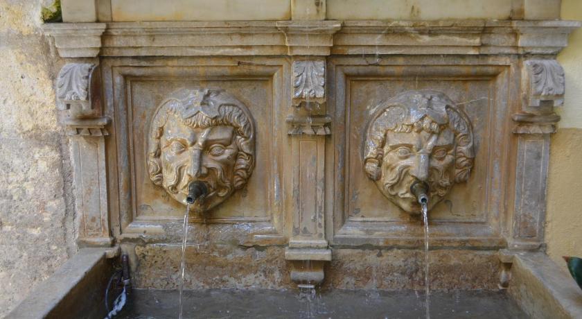 Palacio de Mariana Pineda 26