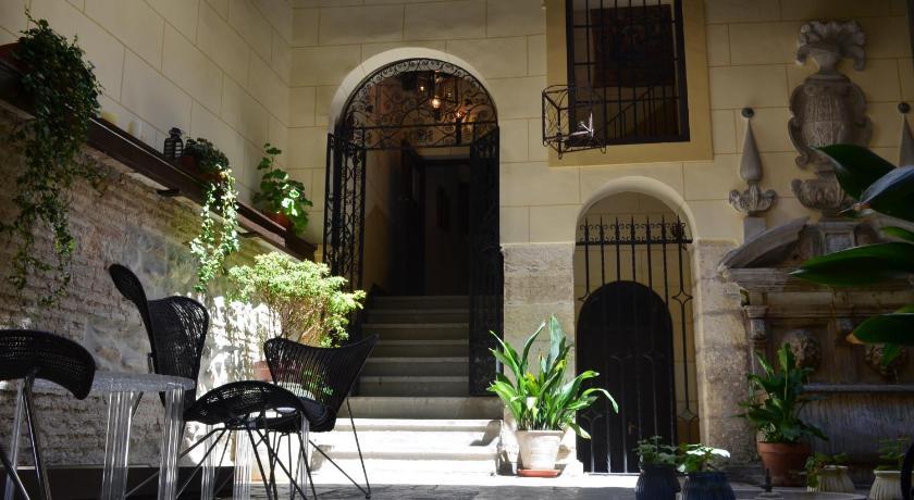 Palacio de Mariana Pineda 23