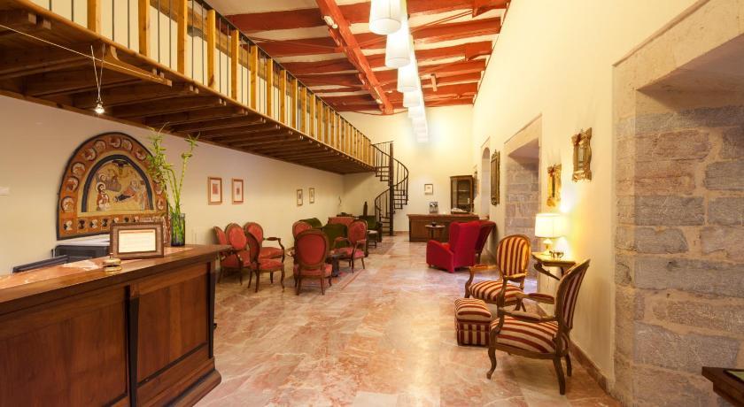 Hotel Real Colegiata San Isidoro 14