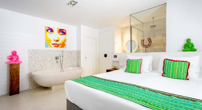 boutique hotels in santa eularia des riu  57