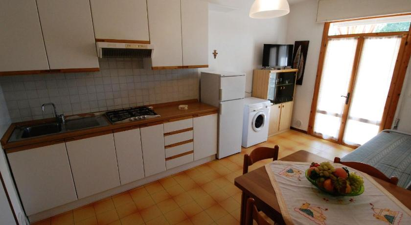 Two-Bedroom Apartment Locazione turistica Il Sole