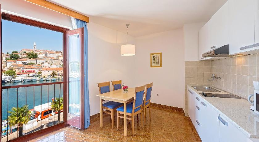 Apartament d'una Habitació (4 Adults) Apartments Riva