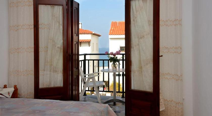 Twin Room - View La Plage