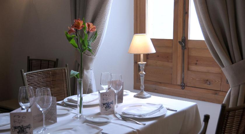 boutique hotels in baeza  26