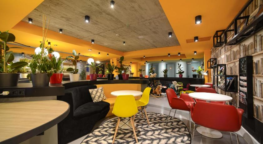 Lobby ibis Styles Tbilisi Center