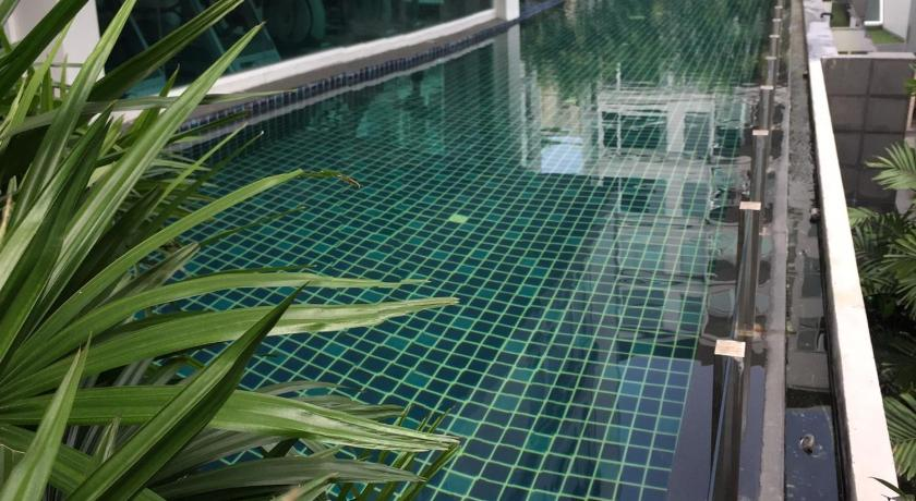 Swimming pool Gfeel Studio Deluxe