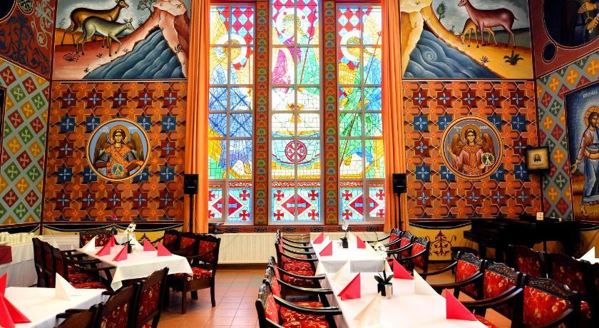 Best Price on Hotel Golden Dome Iisalmi in Iisalmi Reviews