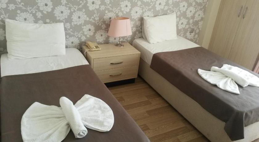 Standard Double or Twin Room - Guestroom Winecity Hotel