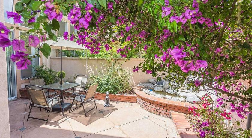 Trabuco Townhome #1097907 Townhouse
