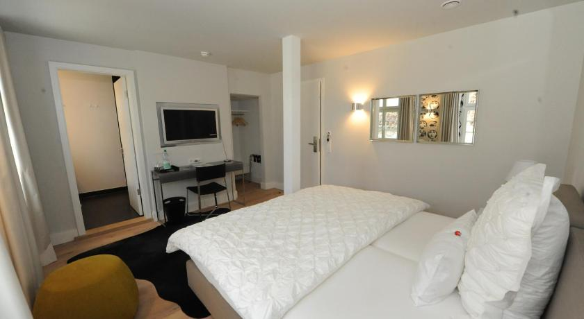 designhotel rosenbohm online buchen bed breakfast europe. Black Bedroom Furniture Sets. Home Design Ideas