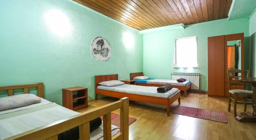 Quadruple Room with Shared Bathroom and Garden View Pansion Sebilj