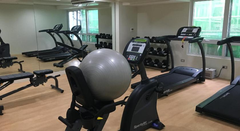 Fitness center Apartment 2309 at The Silk Residences