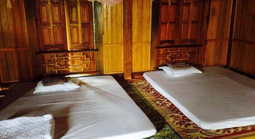 Single Bed in Mixed Dormitory Room Homestay No 9 Pom Coong