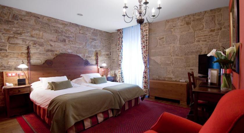 Pousadas De Compostela Hotel Virxe Da Cerca-245778