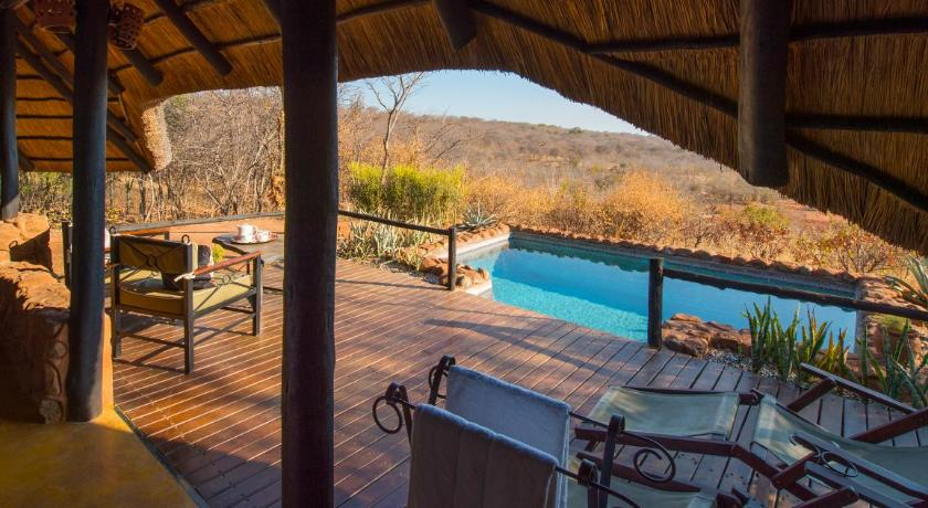 Suite mit privatem Pool - Aussicht Stanley Safari Lodge
