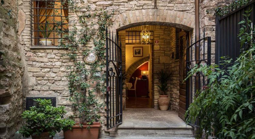 Hotel Lieto Soggiorno | Book online | Bed & Breakfast Europe