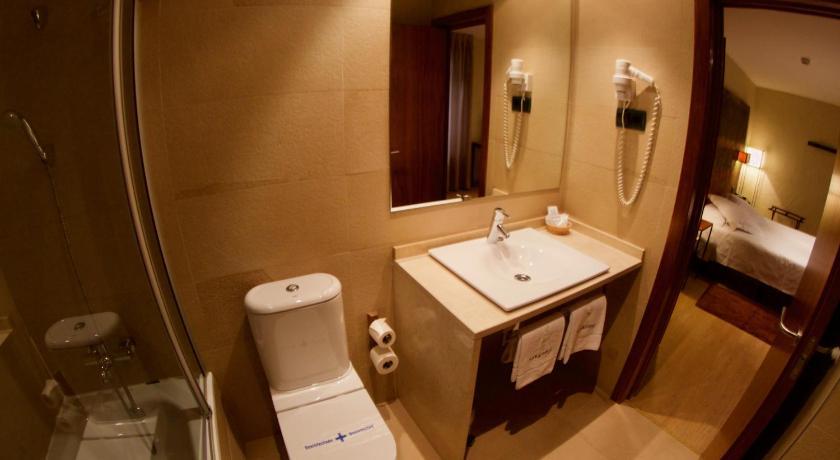 hoteles con encanto en canfranc 26