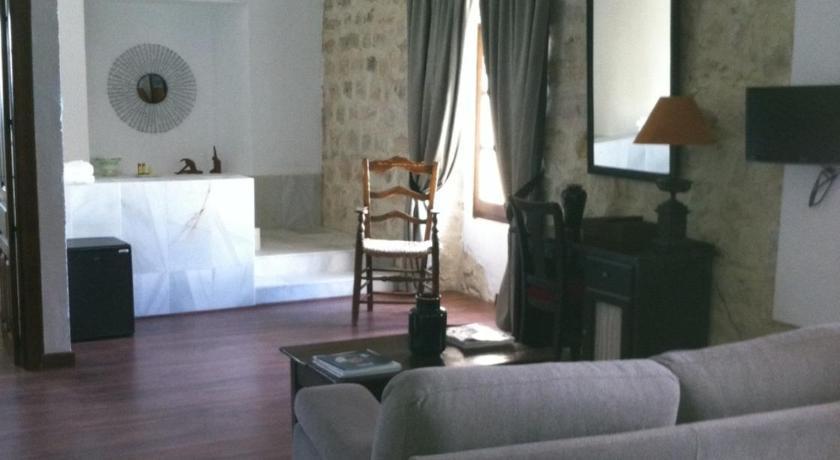 hoteles con jacuzzi en la habitaciÓn en Jaén  Imagen 9