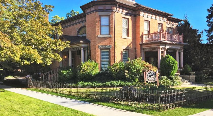 Più informazioni su Historic Ellerbeck Mansion Bed & Breakfast