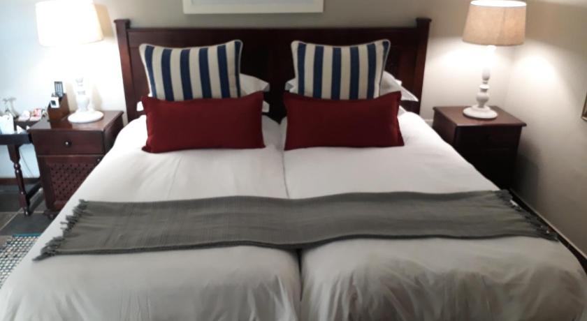 Standard Double or Twin Room - Guestroom The Sandpiper