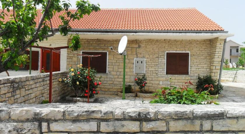 Holiday home Pridraga/Zadar Riviera 7932