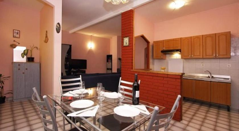 Se alle 24 billeder Two-Bedroom Apartment in Vodnjan I