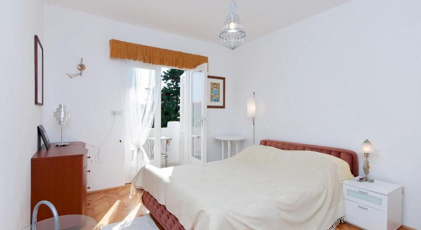 Two-Bedroom Apartment - Guestroom Two-Bedroom Apartment in Rab VI
