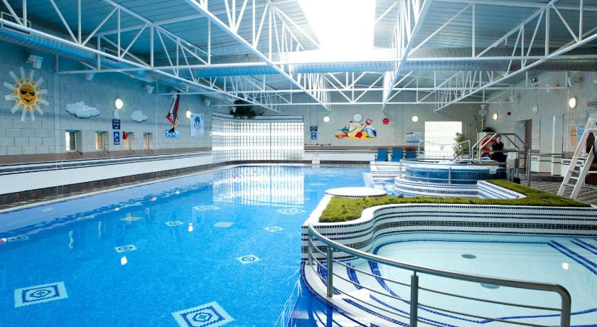 Best Price On Hotel Westport Leisure Spa And Conference In Reviews