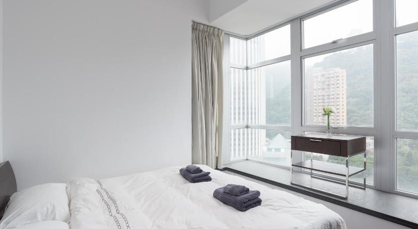 IC Lux Rooftop Pool gym 2BR 3min to Wanchai MTR (IC Lux Rooftop Pool gym 2BR 3min to MTR)