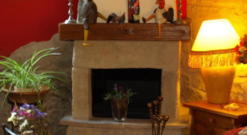 Casa del Infanzón Coliseo, 3 Sos del Rey Católico