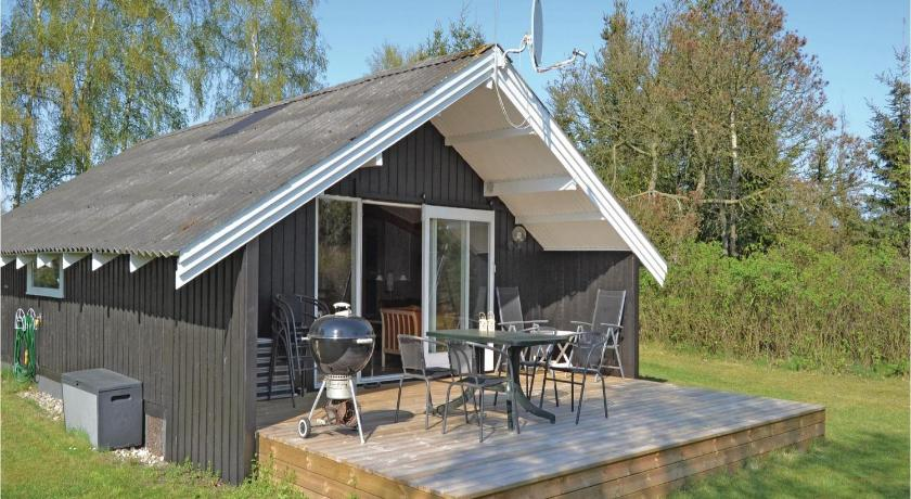 Holiday home Hals 8
