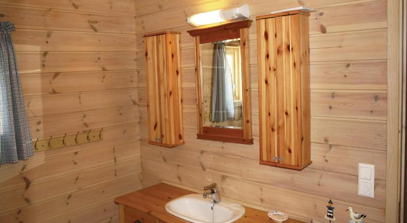 Three-Bedroom Holiday Home - Bathroom Holiday home Søgne Vragevigheia