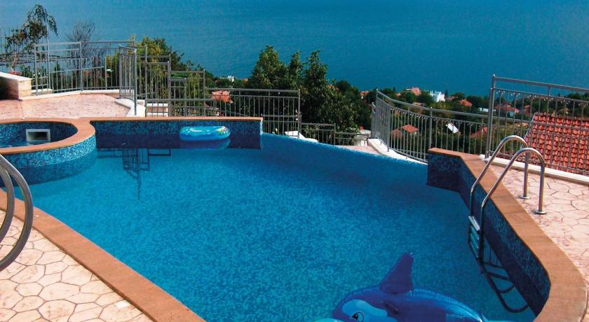 Swimming pool Holiday home Albena Resort