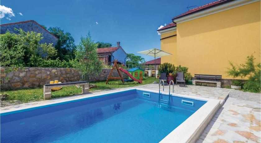 Piscina Holiday home Gabonjin III