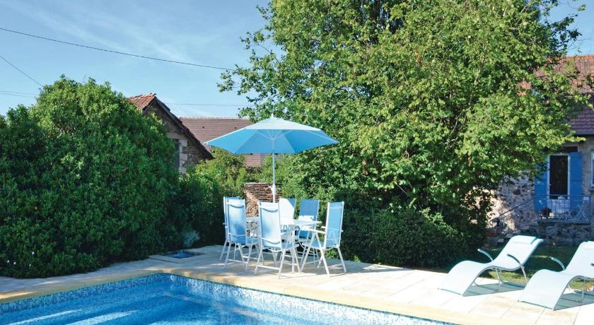 Holiday home Lussaud, Genis N-636