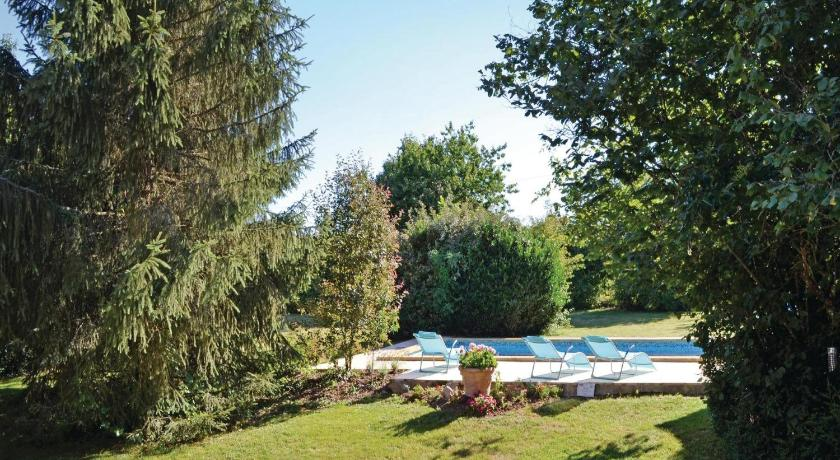 Alle 24 ansehen Holiday home Lussaud, Genis N-636
