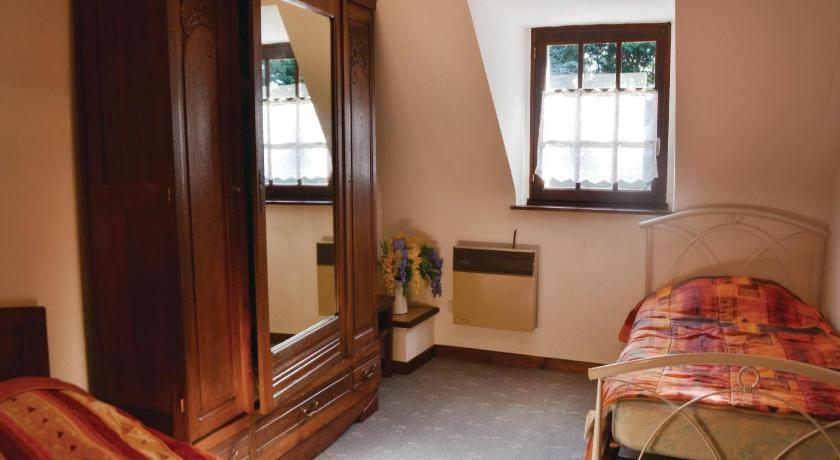 Three-Bedroom Holiday Home - Guestroom Holiday Home Bannalec Rue Kervinic Traon