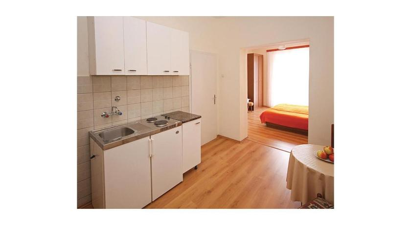 One-Bedroom Apartment in Mlini