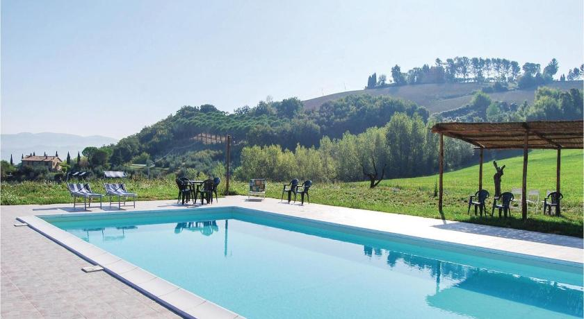 Swimming pool Todina