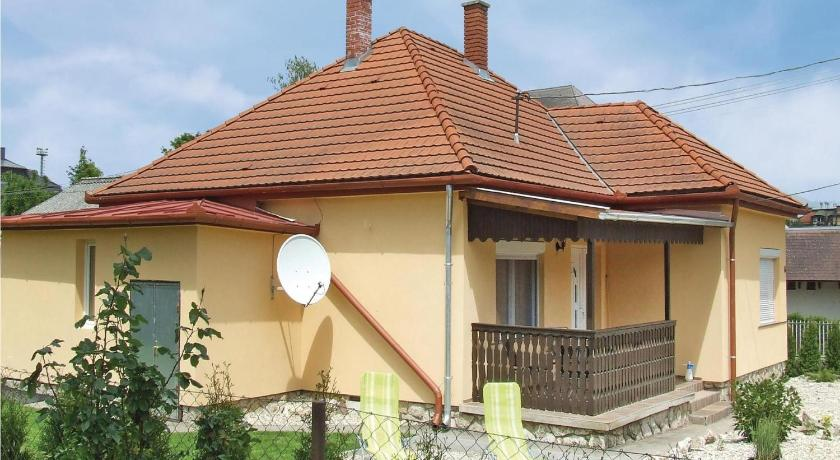 Two-Bedroom Holiday home Karácsony 07