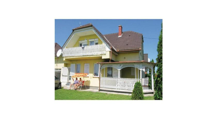 Holiday home Majus-Balatonmáriafürdo