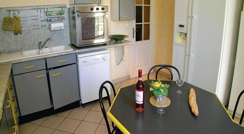 Holiday home Lieu dit le Maine Roy N-771