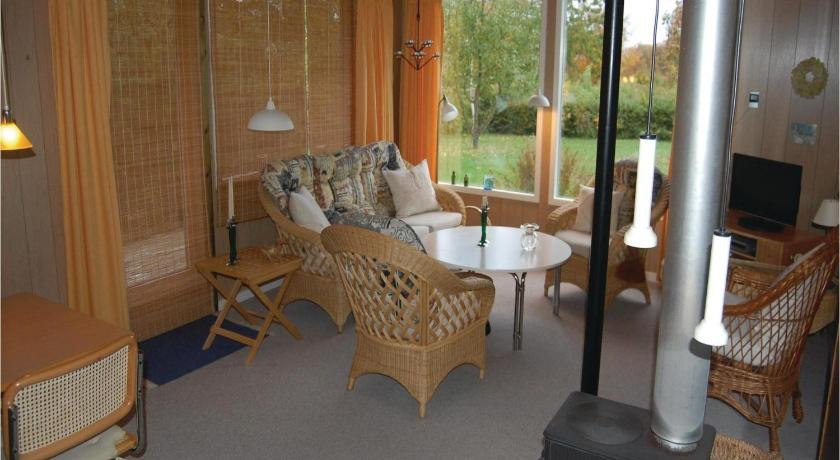 Three-Bedroom House Holiday home Birkehegnet Stubbekøbing Denm