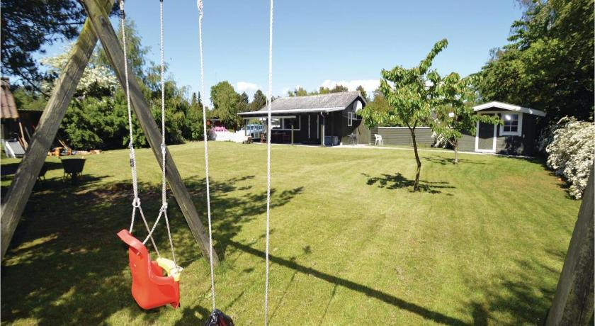 Se alle 23 billeder Three-Bedroom Holiday home with a Fireplace in Rødby