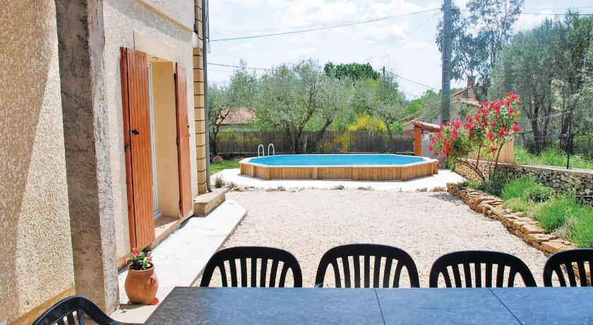 Alle 24 ansehen Holiday home Vallabrix with Outdoor Swimming Pool 405