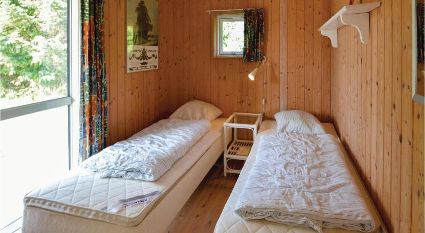 Vier Schlafzimmer Haus Holiday home Ydunvej Ebeltoft X
