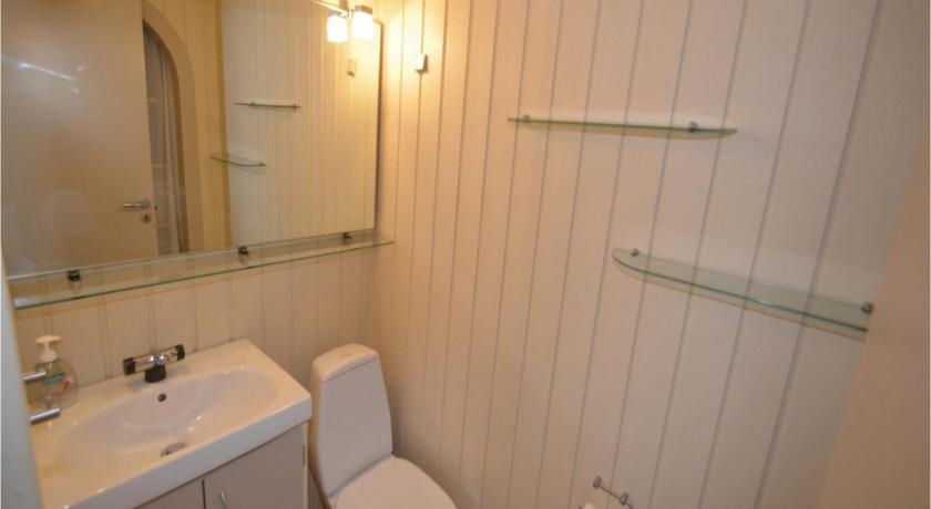 Bathroom Holiday home Sardinvej